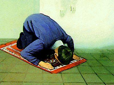 وقت فضیلت نماز مغرب و عشا چه موقع می باشد؟
